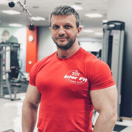 Чернышев Роман